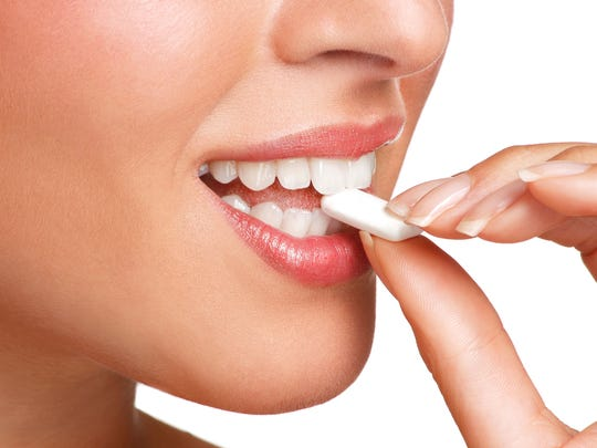 Chewing gum could be a good way to get rid of earworms.