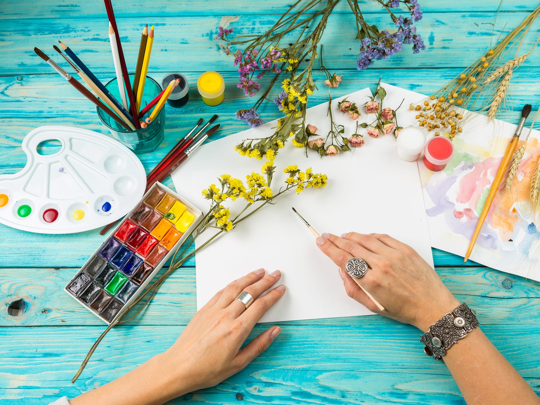 Mother's Day Paint Night Party hosted by your Insider team for you and a guest! Enter 3/28- 4/30.