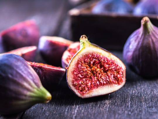 A ripe, fresh fig is delicious simply eaten out of hand. You can eat the skin or nibble the flesh from the skin.