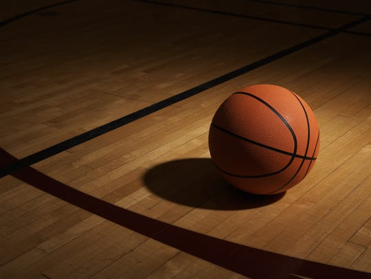 Williams Field boys basketball coach Erik Kamrath steps down