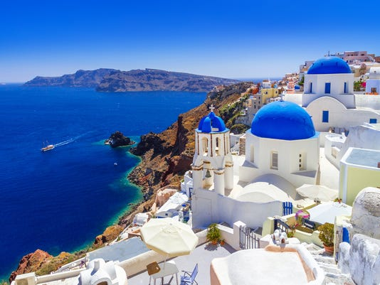 Beautiful Oia town on Santorini island