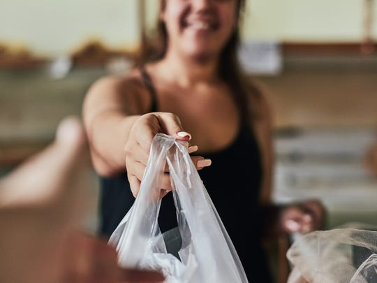 Mamaroneck residents can pick up free reusable bags at the town senior center/VFW facility, the supervisor's office and through local shops in town.