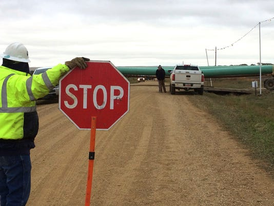 Dakota Access pipeline work resumes near site of protest