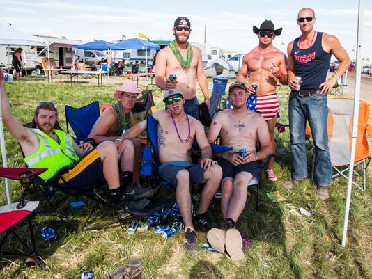 country thunder 043