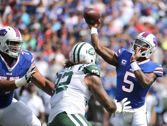 """Tyrod Taylor on Zay Jones: """"I'm not going to be perfect,"""