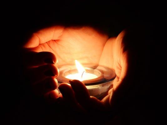 20141219_candlelight_shutterstock.jpg
