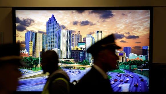 1. Atlanta (ATL): 103,902,992 passengers (down 0.3%).