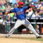 The Reds called up right-hander Carlos Contreras before Saturday's game with the Blue Jays.