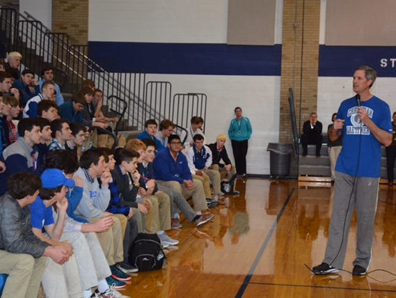 Christian Laettner talks to students at St. Xavier.