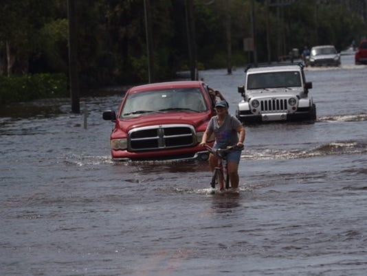 636395289635498024-Flood-4.jpg