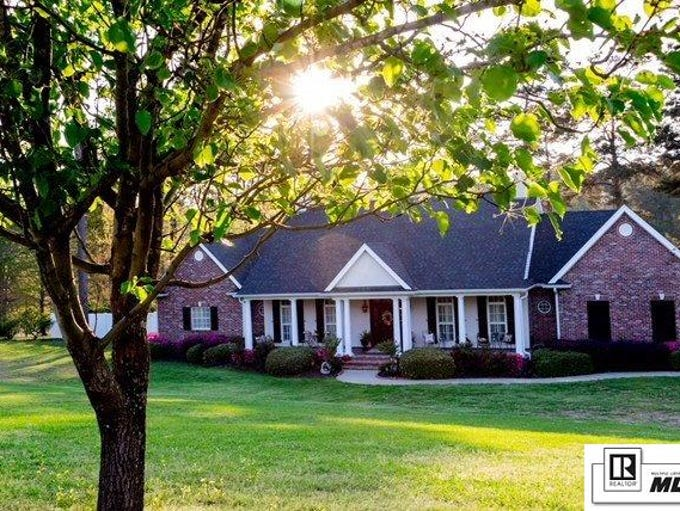 Mansion on the Market: 200 Canyon Road, West Monroe