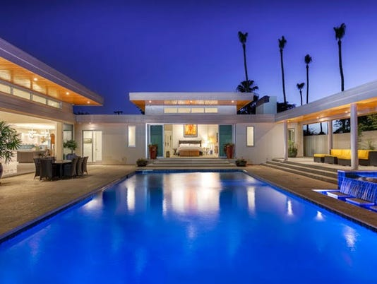 (cool home) Phoenix ranch remodel makes classic pool the centerpiece
