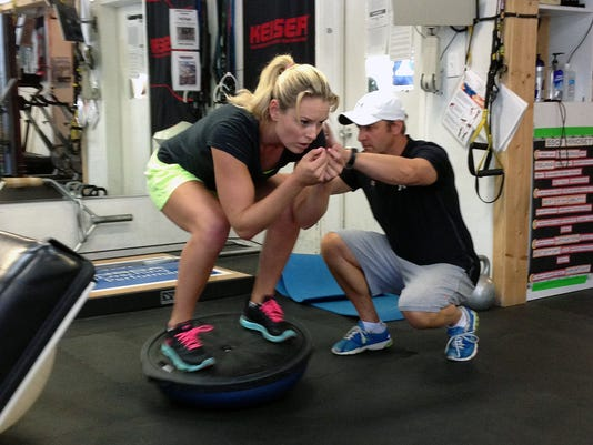 2013-8-28-lindsey-vonn-training