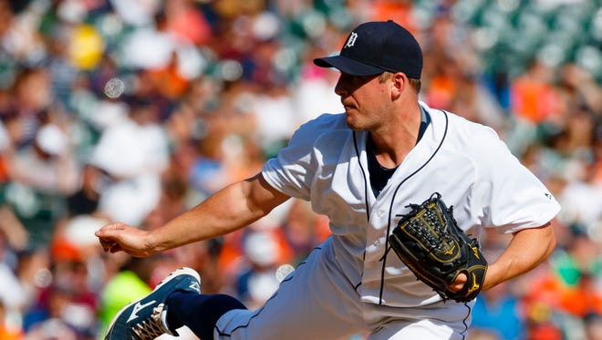 Sep 25, 2016; Detroit, MI, USA; Tigers right-hander Jordan Zimmermann pitches in the seventh inning against the Kansas City Royals at Comerica Park.
