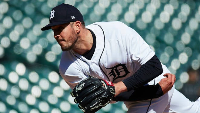Tigers pitcher Drew VerHagen (54) pitches in the ninth inning of the Tigers' 13-8 win over the Orioles on Thursday, April 19, 2018, at Comerica Park.