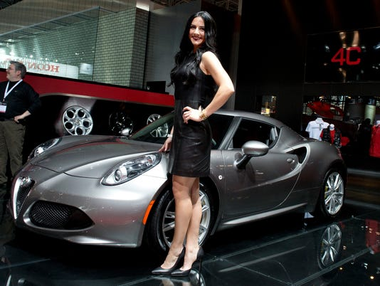 XXX _New-York-Auto-Show-EB0153