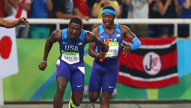 The handoff between Mike Rodgers and Justin Gatlin led to the U.S. getting disqualified.