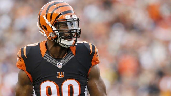 Cincinnati Bengals defensive end Michael Johnson is feeling good after battling knee and back injuries in 2016.