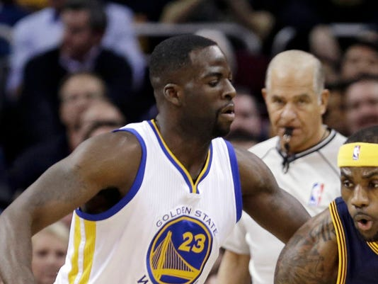 635608358858129666-AP-Warriors-Cavaliers-Basket