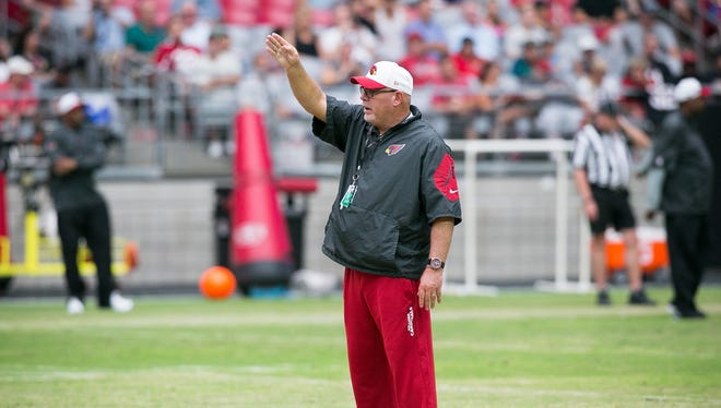 Coach Bruce Arians during the Arizona Cardinals football practice at University of Phoenix Stadium in Glendale on Wednesday, August 19, 2015.