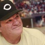 Pete Rose, legendary Cincinnati Reds star, will sign autographs at the Fandomfest Louisville Comic Expo.