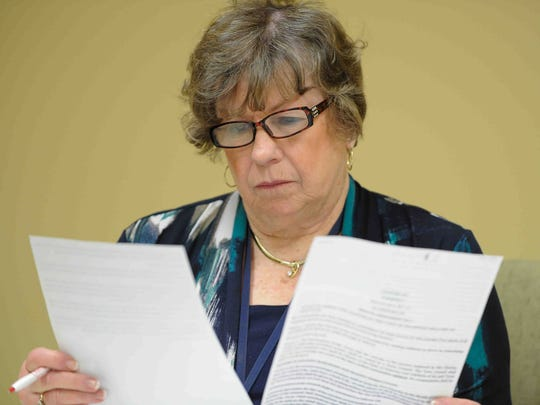 Delaware Elections Commissioner Elaine Manlove said she plans to update the state's voter registration forms after a voter advocacy group raised concerns about their accuracy and legality.