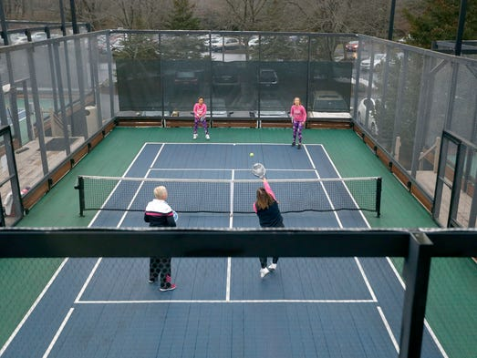 DO IT Paddle Tennis Remains Popular In Winter