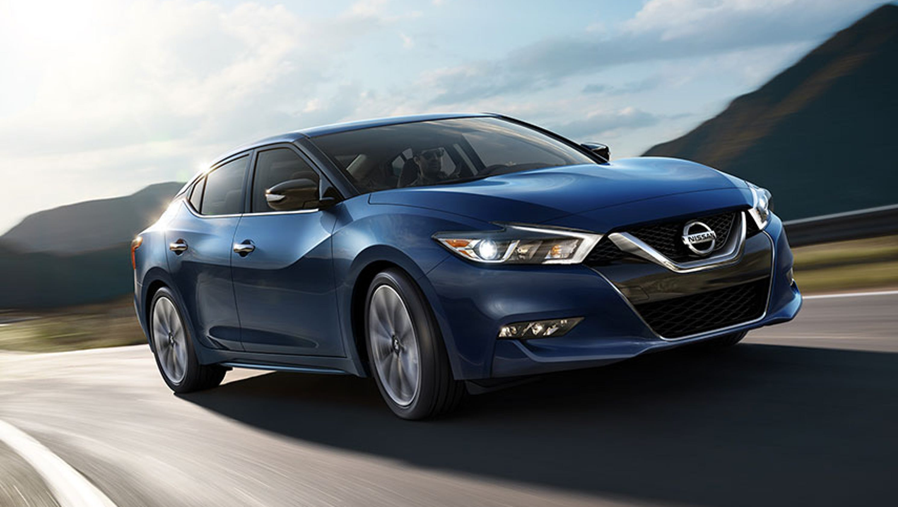 function form and traffic nissan elevates new report all latino maxima