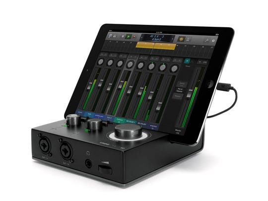 On-the-go musicians who own an iPhone, iPad or iPod touch might want to tune into Griffin's StudioConnect HD.
