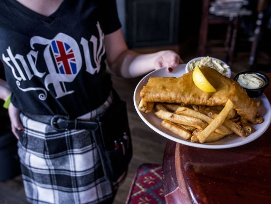 636582798842381625-fish-and-chips-pub.jpg