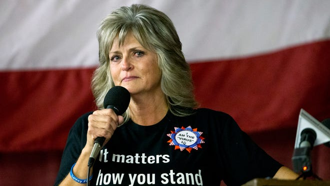"""Jeanette Finicum, Robert """"LaVoy"""" Finicum's widow, speaks to the crowd about her husband and his beliefs Saturday, Jan. 28, 2017."""