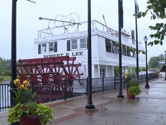 LowellShowboat.JPG