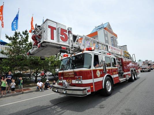 -sby 0627 wctnews Firemen's Parade 4261.jpg_20130619.jpg