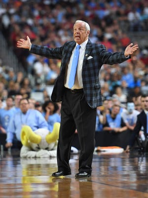 Apr 3, 2017; Phoenix, AZ, USA; North Carolina Tar Heels head coach Roy Williams reacts against the Gonzaga Bulldogs in the second half in the championship game of the 2017 NCAA Men's Final Four at University of Phoenix Stadium.