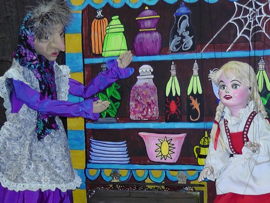 """Red Herring's """"Hansel and Gretel"""" puppet show."""
