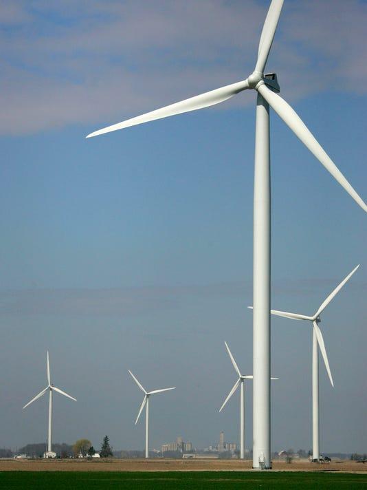 -b028-windmills-0911y_09-28-2011_G07N7OD.jpg_20110928.jpg