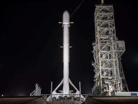 spacex zuma mission 111717