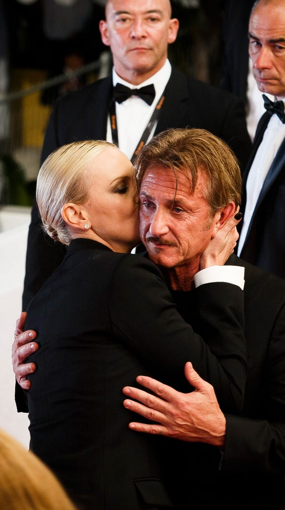 Sean Penn and Charlize Theron ended their engagement