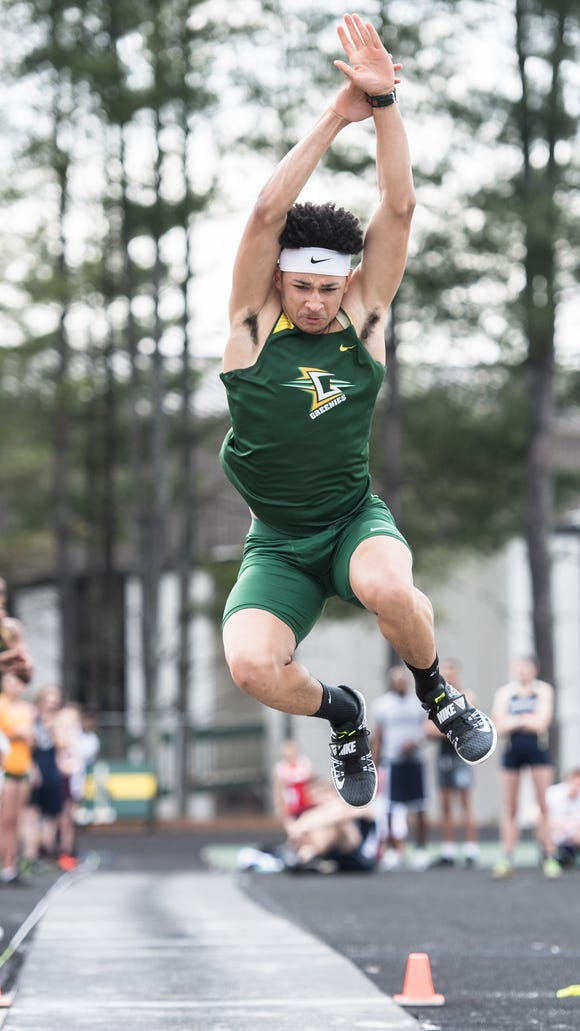 Christ School's Kevin Snyder has narrowed his college