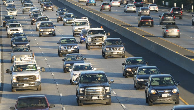 The California Department of Transportation this week announced two projects that will make improvements to highways 101 and 33  in Ventura County.