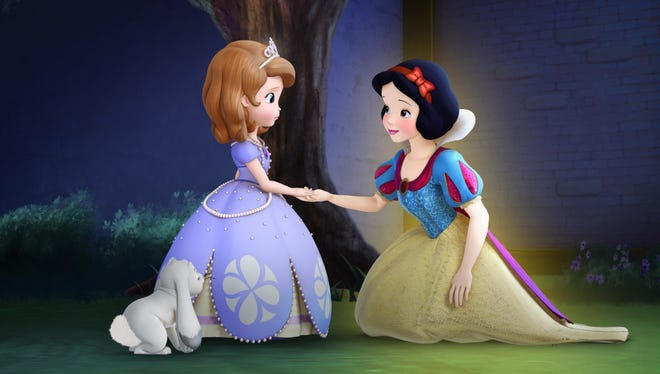 In 'Sofia the First,' Snow White (Katie Von Till) appears to help Sofia (Ariel Winter) learn the importance of trusting one's instincts in the episode called 'The Enchanted Feast.'