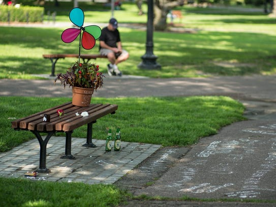 Robin Williams bench