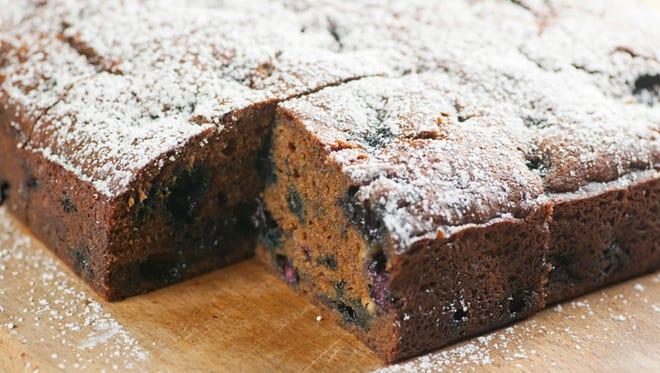 Got blueberries? Make this blueberry snack cake