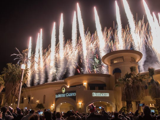10 ways (some free) to celebrate New Year's Eve in the Palm
