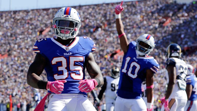 Buffalo Bills running back Mike Gillislee reacts after scoring a touchdown during the first half of an NFL football game against the Los Angeles Rams, Sunday, Oct. 9, 2016, in Los Angeles.