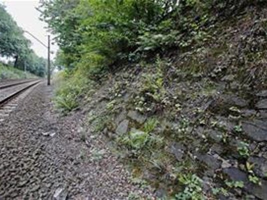 635764406858174859-1033343-6-20150829071354-deathbed-map-led-to-site-of-possible-nazi-gold-train