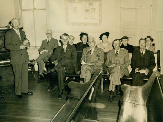 Men's Sunday School Class 1952.jpg