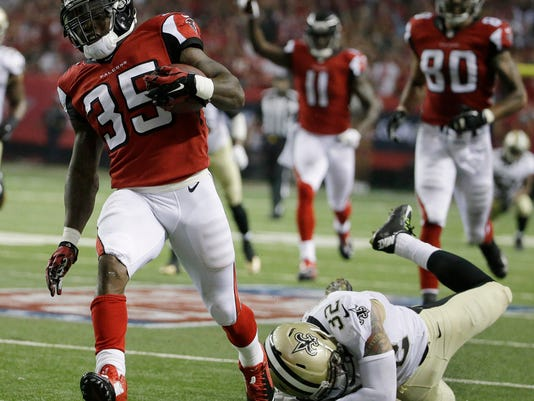 Saints Falcons Footba_Foot(5).jpg