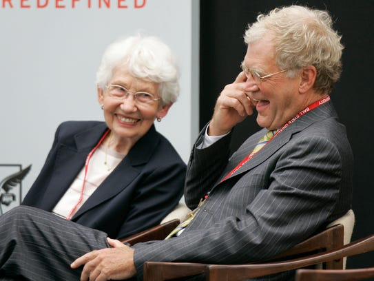 David Letterman, right, and Dorothy Mengering share