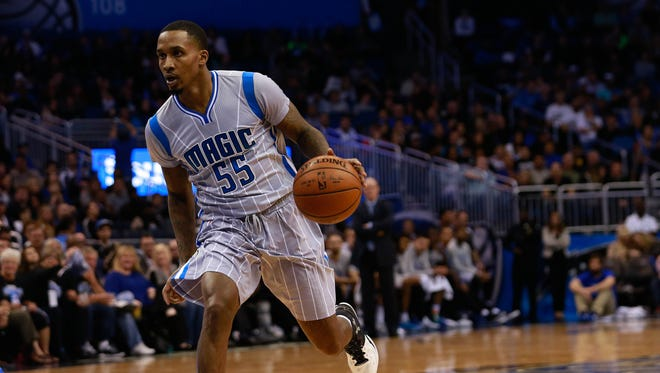 Brandon Jennings drives to the basket against the Dallas Mavericks during the second half at Amway Center.